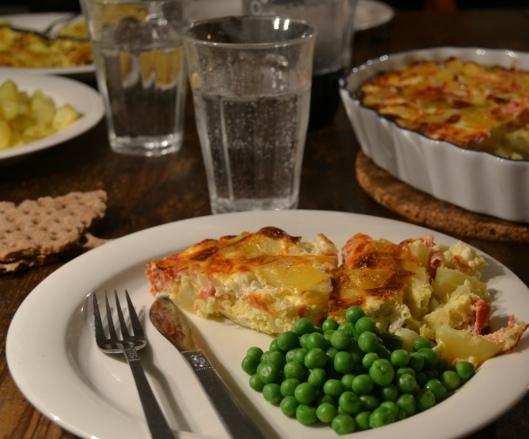 ugnsomelett m potatis, tomat o feta