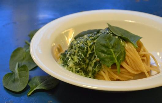 pasta m spenatsås