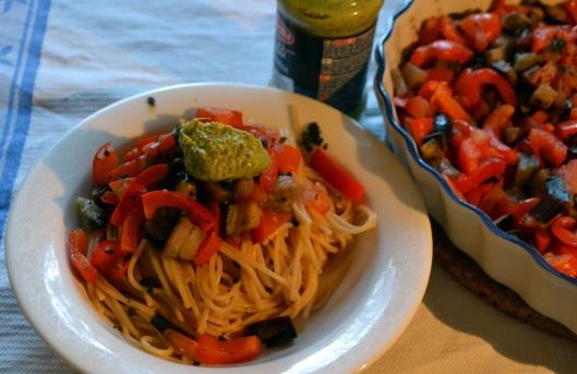 pasta bohémienne m grillade grönsaker o pesto