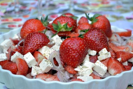 sallad m jordgubbar melon o feta