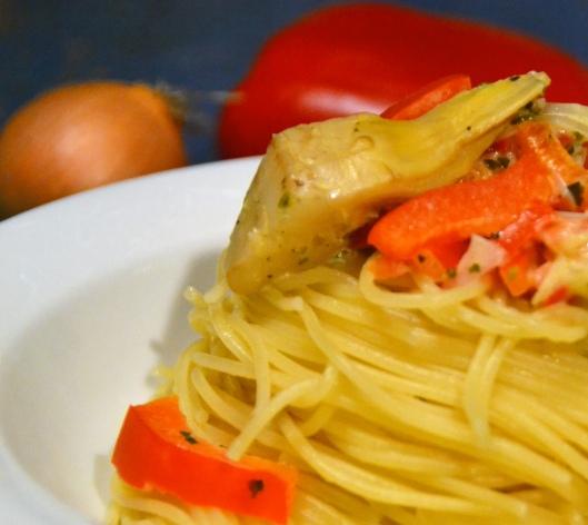 spaghetti m paprika o kronärtskockor