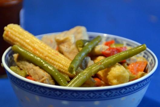 thai fläsk- o grönskakswok